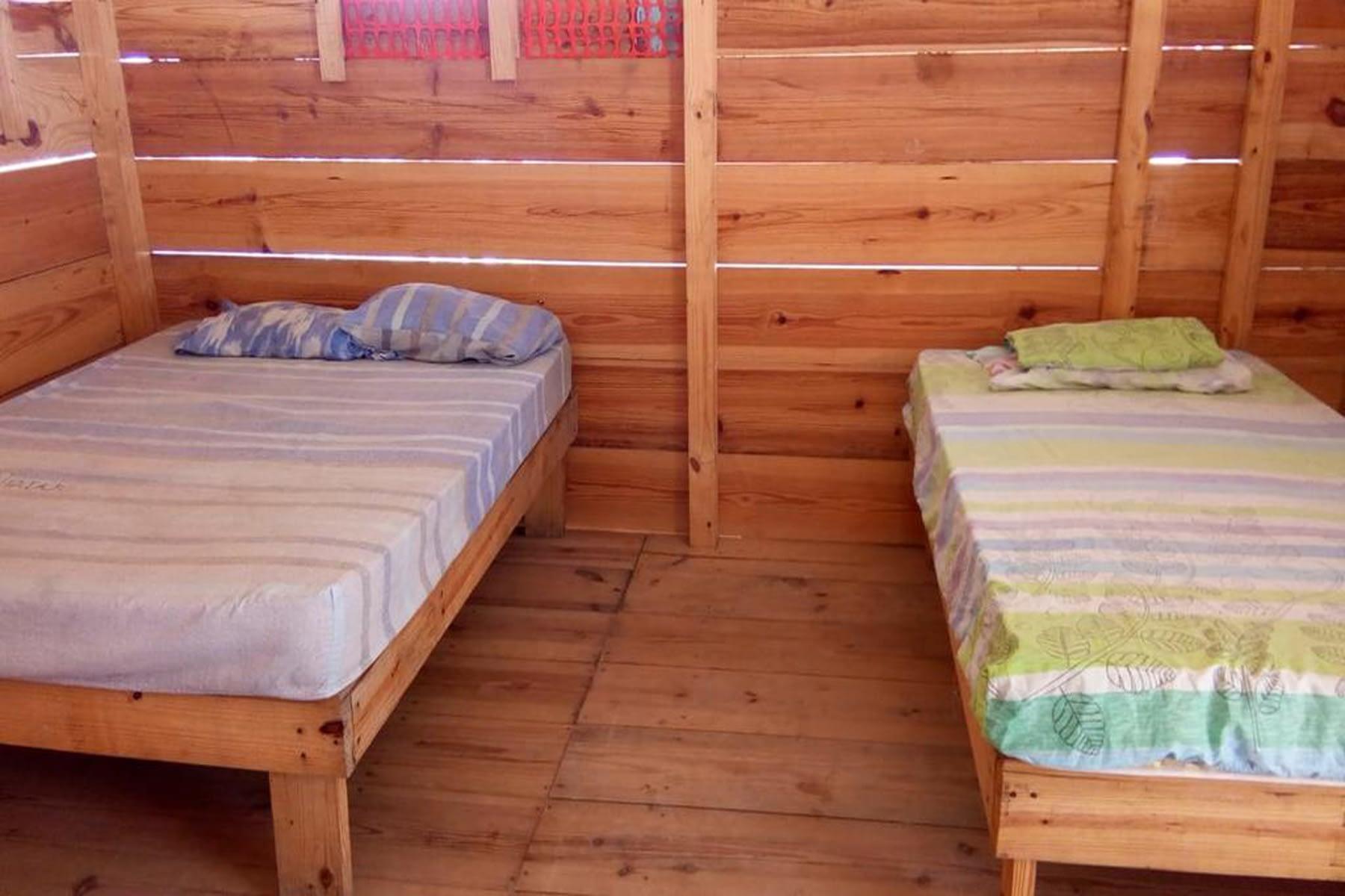 habitación en la cabaña de madera