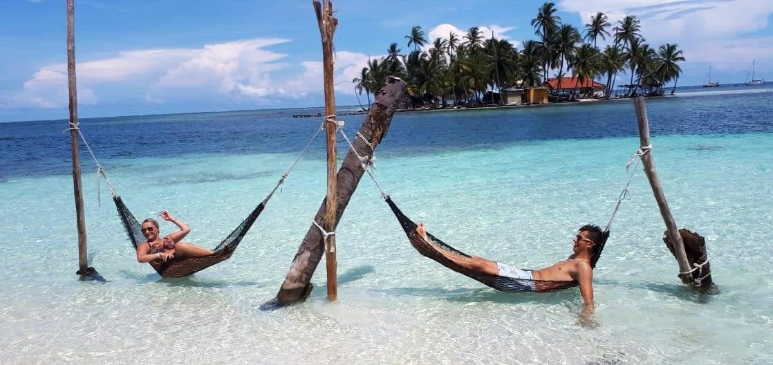 Playa en la Isla Banedub Bibbi