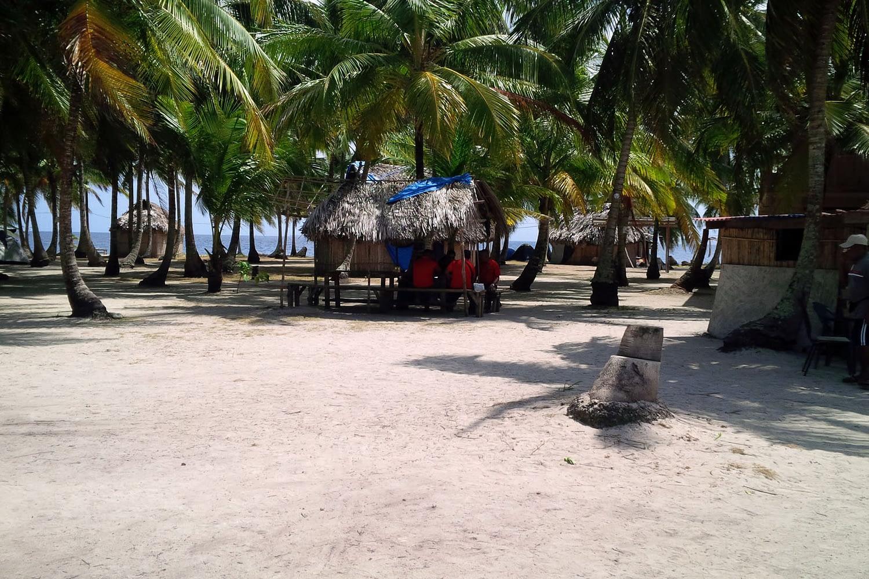 Isla Assudub Bibbi - Cabañas