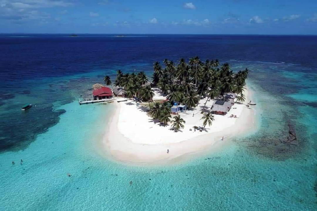 Isla Tubaseniga - Isla Franklin